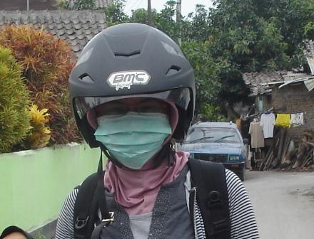 Ketika Masker Jadi Alat Paling Vital